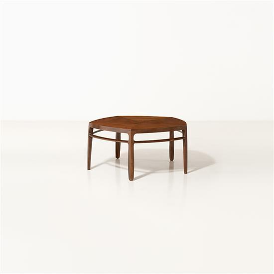 f Edward Wormley (1907-1995) et Otto Natzler (1908-2007) Modèle 5626N Table basse Noyer et céramique Edition Dunbar Etiquette Date ...