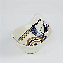 Roger Capron (1922-2006)Coupe au soldatCéramique émailléeSignée « Capron Vallauris GLN »Date de création : vers 1960H 20 × L 42 × P ...
