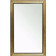 Grand miroir en bois mouluré et doré à décor deperles.Fin du XIXe siècleH 195 × L 120 cm(Usures)
