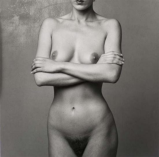 Christian VOGT (né en 1946) Nu, 1982 Épreuve gélatino-argentique d'époque tirée par l'artiste. Encadrée. Signée, datée et dédicacée ...