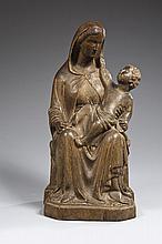 Belle Vierge à l'Enfant assise en peuplier (?)  sculpté avec infimes traces de polychromie, dos évidé