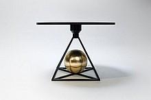 Pool (Lea Padovani, née en 1981 & Sébastien Kieffer, né en 1982) Contrepoids Table Aluminium martelé