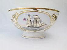 A Large Helsingør or Elsiore Porcelain Bowl decor