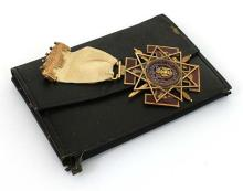 Vintage Masonic 14k Two Tone Gold & Enamel Ribbon 1932 Collectible Pin