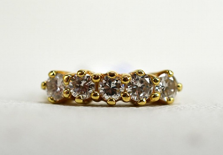 14K Yellow Gold and 5 Diamond Ring
