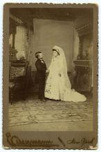 C. Eisenmann Major Willie Ray and Wife Circus Sideshow Cabinet Card. Circa 1891. Charles Eisenmann Studio, New York. Original 6 x 4