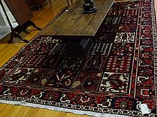 Rug, hand made Bakhtiari, origin Iran, size 310 x