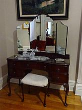 Queen Anne Style Dressing Table With Stool