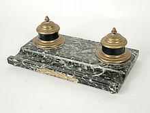 Encrier de style Empire en marbre vert et bronze