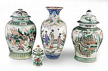 A Group of Four Chinese Famille Verte Objects