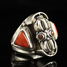 Vintage Chinese Tibet Genuine Silver Inlay Coral Prayer Ring