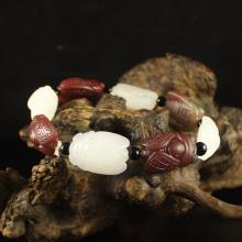 A Fine Chinese Natural Hetian Jade And Agate Carved Cicada Bracelet