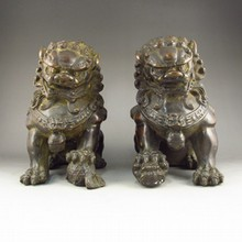 A Pair Chinese Bronze Statue - Lion