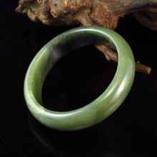 Internal Diameter 61mm Hand-carved Chinese Natural Hetian Jade Bracelet