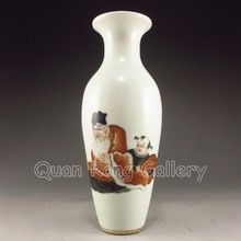 Hand-painted Chinese Dou Colors Porcelain Vase