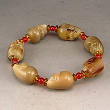 Vintage Hand-carved Chinese Ox Horn Skull Head Bracelet