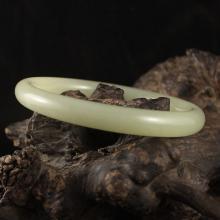 Inside Diameter 60 mm Chinese Hetian Jade Bracelet