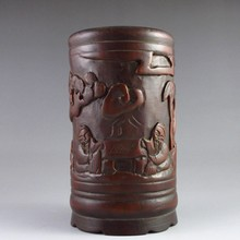 Hand-carved Chinese Sanders Wood Brush Pot Playing Chess Old Man