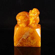 Hand-carved Chinese Natural Shoushan Stone Seal Statue w Pi Xiu Dragon