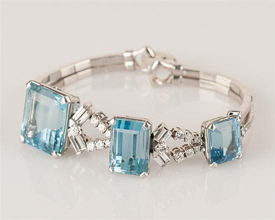 Art Deco Platinum and Aquamarine Bracelet, 43.0 grams,