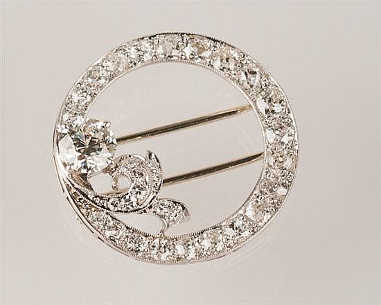 18K White Gold and Diamond Circle Pin, Ca. 1900, 6.9 grams,