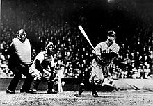 Lou Gehrig gets a Hit, New York Yankees, Photograph