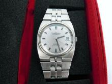A GENTLEMAN'S OMEGA WRISTWATCH, Constellation Automatic Chronometer, baton dial; stainless steel. Boxed.