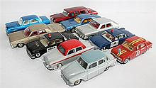 TEN DINKY TOYS CARS, INCLUDING 'FORD FAIRLANE' AND 'MERCEDES BENZ 600, 128'. (10)