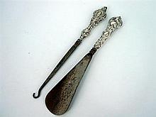A SILVER BUTTON HOOK AND SHOE HORN by Adie & Lovekin Ltd, Birmingham, 1901