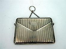 A SILVER CARD CASE WITH CHAIN HANDLE BY W.G Sothers & Co, Birmingham, 1913