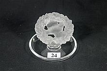 A LALIQUE PIN DISH, sumounted by a bird. Height 8.6cm