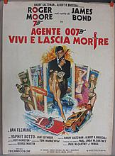 Movie Poster - Live and Let Die - in Italian - Roger Moore