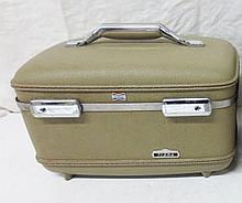 Vintage Cosmetic Train case - tan
