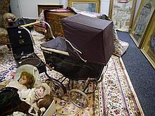 An early 20th Century  doll's perambulator, coach