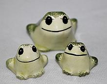 A Graduated Set Of Three Frogs, Philip Laurenton