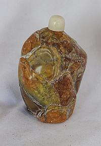 A Chinese Soapstone Snuff Bottle