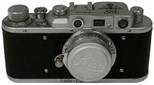 1936 OLYMPIC GAMES LEICA CAMERA IN LEATHER CASE