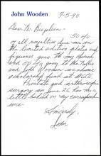 1990s HOF BASKETBALL COACH JOHN WOODEN AUTOGRAPH ASSORTMENT W/ EXTRAS