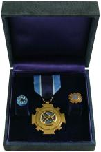 GT-4 1969 ED WHITE'S NASA DISTINGUISHED SERVICE MEDAL & CERTIFICATE