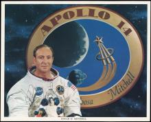 APOLLO 14 1971 AUTOGRAPHED PHOTO AND LITHO OF ED MITCHELL