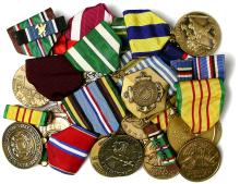 1940s-70s US MILITARY MEDALS, WWII-VIETNAM, FEW LATER