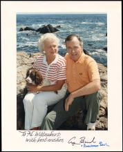 1977-93 AUTOGRAPHED PHOTOS BY PRESIDENTS CARTER & BUSH, PLUS FIRST LADIES