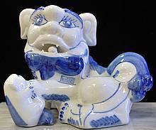 CERAMIC FOO DOG