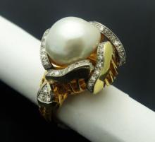 Estate Mauboussin 13mm Pearl 1.00ct Diamonds 18k Yellow Gold Ring Size 6.25