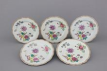 A set of 5 Chinese porcelain famille rose plates with flowers, 18th C.
