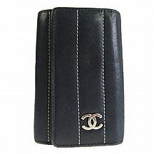 Vintage CHANEL 6 Hook Key Case