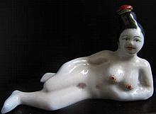Ceramic Geisha-shaped Snuff Bottle.