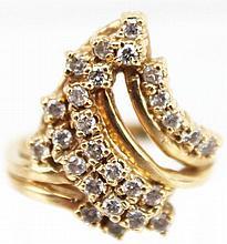 LADIES 14K GOLD DIAMOND CLUSTER RING