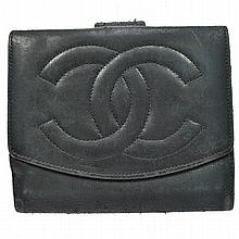 Vintage CHANEL Bifold Leather Wallet.