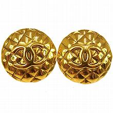 Original Chanel Vintage Gold Tone Clip On Earrings